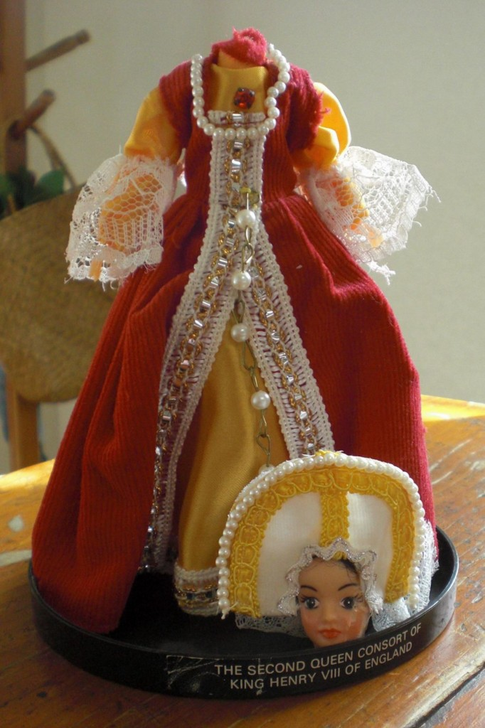 One of Debbie's first works to grab my attention was the anatomically correct Anne Boleyn doll. And folks, this doll did NOT come this way from the manufacturer!