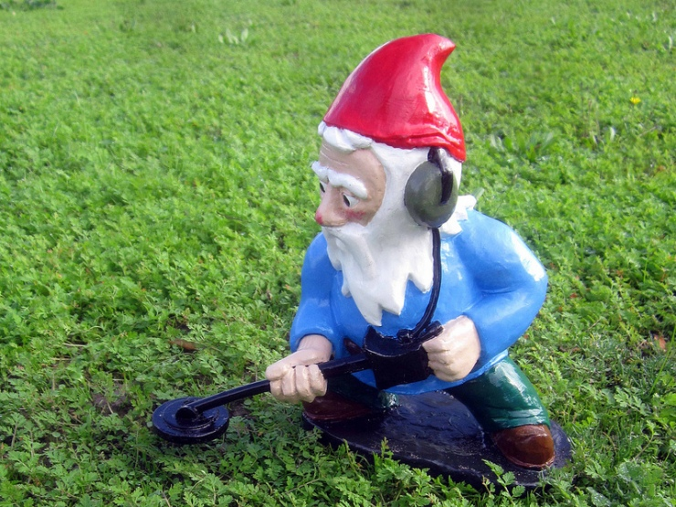 A gnome commando sweeps a field for mines placed by brownies.