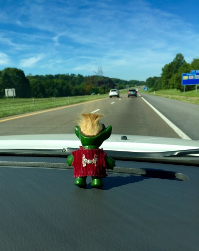 A vacation wouldn't be the same without Mutt along for the ride. Who's Mutt? Stay tuned to Roamin' Gnomials for the answer to that and other fascinating questions that haven't even occurred to you yet.